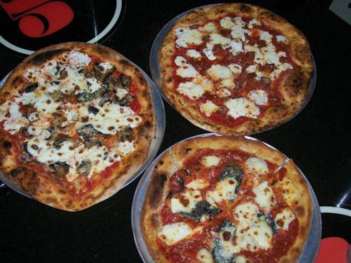 5th.-street-pizza-trio
