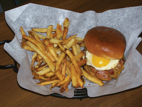 Perrysburgers-sunrise-burger
