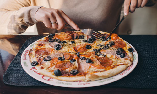 Pizzeria-Toledo-Ohio-Family