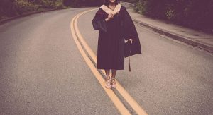 graduation-2613175__480
