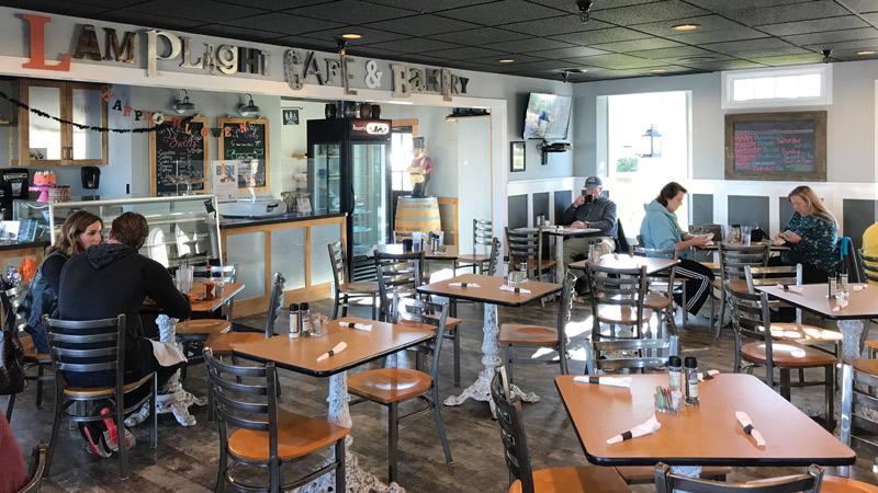 Lamplight Café & Bakery