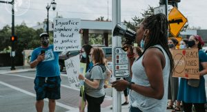 Toledo area moms protest for BLM in downtown Sylvania. Photo by Tiana Lashae.
